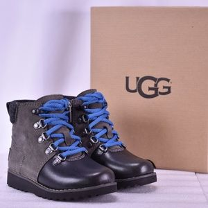 Youth UGG Hilmar Lace Up Chukka Charcoal Boots